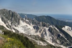 Le Alpi Apuane che poco hanno da individiare alle omonime del Nord Italia